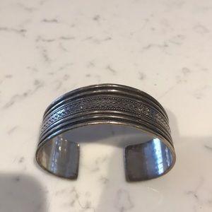Sterling silver cuff bracelet🌺